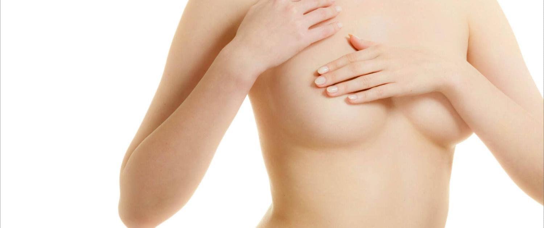 Immer öfter lassen sich Frauen Silikonimplantate gegen Eigenfett tauschen.